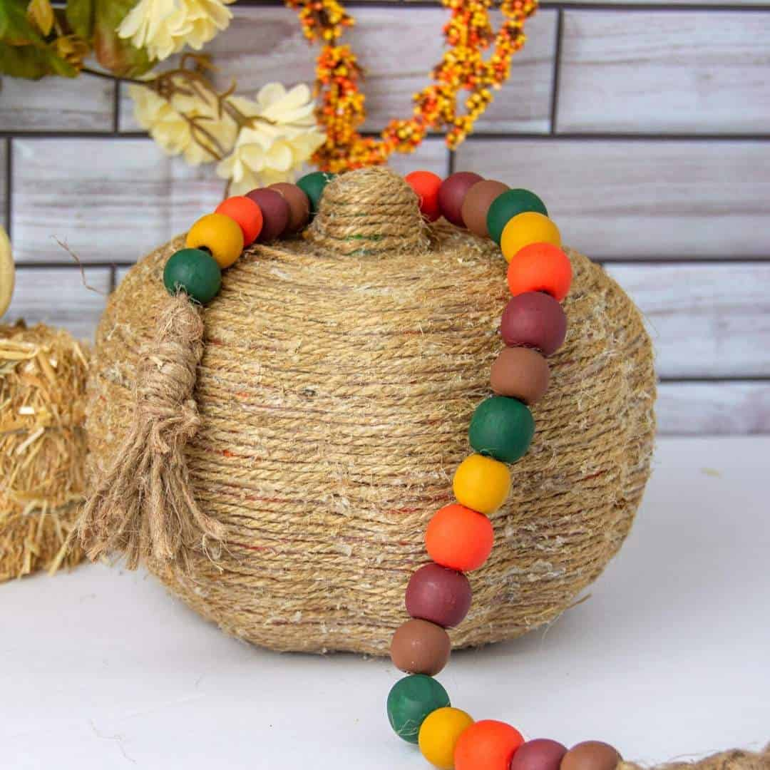 Easy Fall Garland Project,
