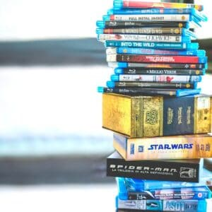 25 Fall Family Movies, a simple listing of what makes a good family movie. Movies featured are from back to school to holiday season.